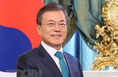 韩国总统对新加坡进行访问