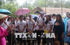 2018年越南夏令营:旅外越侨青年代表团探访胡伯伯老家