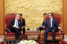 越共中央对外部部长黄平均会见阿根廷外交和宗教事务部部长豪尔赫