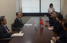越南和日本签署有关护理实习生备忘录