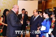 越南政府总理阮春福为国际友人主持国庆招待会