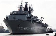 英国皇家海军两栖船坞登陆舰访问越南