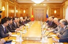 越共中央总书记阮富仲会见俄罗斯国家杜马主席