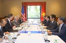 越南政府副总理郑廷勇会见美国部分大型集团领导代表