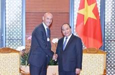 越南政府总理阮春福会见世界大型集团领导