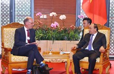 WEF ASEAN 2018:政府总理阮春福会见嘉士伯首席执行官郝瀚思