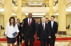 越共中央总书记阮富仲会见古巴党和国家领导