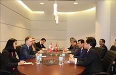 越南与加拿大深化文体合作