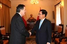 WEF ASEAN 2018:范平明分别与智利、东帝汶和孟加拉外交官员举行会晤