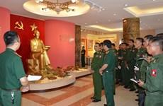 缅甸军队青年军官代表团访问军事技术学院