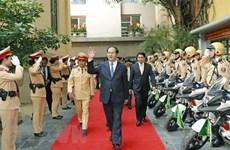 陈大光大将:对公安力量平易近人的一位首长