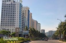 岘港市高端旅游和住宿服务迅速发展