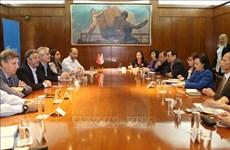 越南与阿根廷加强卫生领域的合作关系