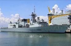 加拿大皇家海军编队访问岘港