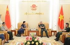 越南与中国进一步加强防务合作