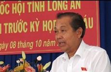 越南政府常务副总理张和平会见隆安省选民