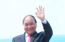 越南政府总理阮春福启程赴印尼出席东盟各国领导人会晤活动