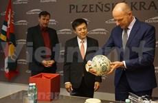 越南与捷克加强两国地方间的合作