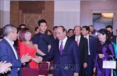 越南政府总理阮春福会见旅居奥地利越南人代表