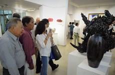 越法友好美术展在胡志明市举行