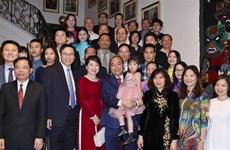 阮春福总理:希望旅比越侨弘扬传统文化 关注越侨后代学越南语