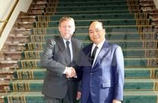 越南政府总理阮春福会见比利时众议院议长西格弗里特·布拉克