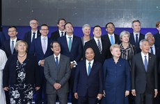 政府总理阮春福结束出席ASEM 12和访问欧盟及比利时之行