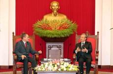 越共中央书记处常务书记陈国旺会见委内瑞拉统一社会主义党代表团