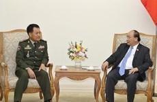 越南政府总理阮春福会见柬埔寨王家军队高级代表团