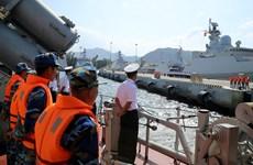 """越南015号""""陈兴道"""" 导弹护卫舰抵达金兰港  圆满结束2018年防务外交任务"""