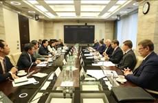 政府副总理郑廷勇会见俄罗斯企业代表