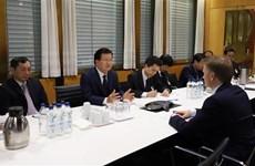 越南政府副总理郑廷勇访问挪威