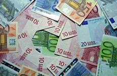 15日越盾兑美元汇率保持稳定 英镑汇率涨跌互现