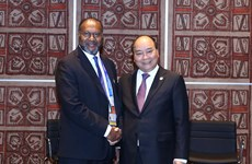 越南政府总理阮春福会见瓦努阿图总理夏洛特·萨尔维