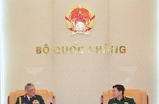 越南与印度将加强干部培训、国防工业、参加联合国维和行动等的合作力度