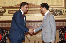 越南胡志明市与德国萨克森州着力开展多领域合作