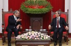 越共中央经济部部长会见日本三井住友金融集团董事长