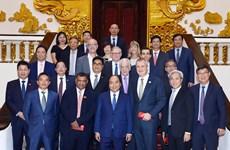阮春福会见国际旅游投资者 承诺进一步开放旅游签证政策
