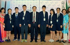 越南学生代表团在2018年IJSO竞赛中获得4枚金牌