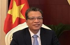越南驻华大使邓明魁年初会见中国记者