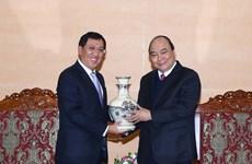 阮春福总理会见老挝中央银行行长宋赛•斯法赛