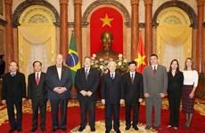 越共中央总书记、国家主席阮富仲会见十国新任驻越大使