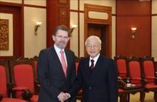 越共中央总书记、国家主席阮富仲会见澳大利亚参议长瑞安