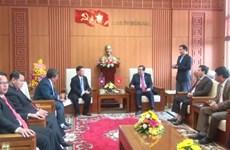 越南广南省继续加大与老挝色贡省的合作