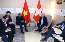 阮春福总理圆满结束出席2019年世界经济论坛年会之旅