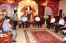 胡志明市市委书记阮善仁春节前在西宁省开展走访慰问活动