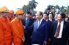 政府总理阮春福向海防市劳动者送上新春祝福与慰问