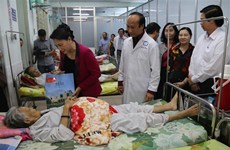 越南国会主席阮氏金率团赴前江省开展春节走访慰问活动