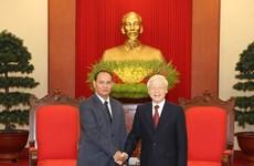 越共中央总书记、国家主席阮富仲会见老挝国家安全部高级代表团