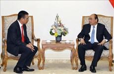 越南政府总理阮春福会见泰国暹罗水泥集团总裁